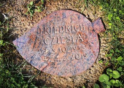 Granitplatte in Blattform