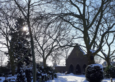 Friedhof Altstadt Schwarzer Weg – Friedhofskapelle Winterimpression